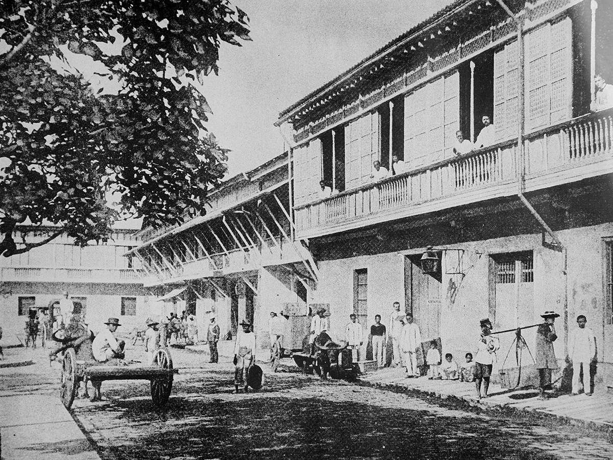 Exhibit-Gallery-Old-Manila-Calle-Real-General-Luna